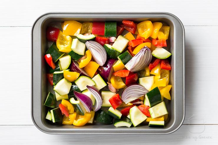 Kuskus z pieczonymi warzywami | Imbirowy Garnek